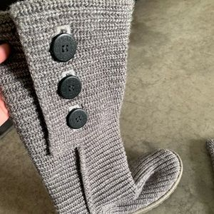 ugg classic cardy ll women's boots gray